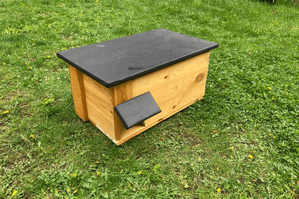 Jak zrobić domek dla jeża?