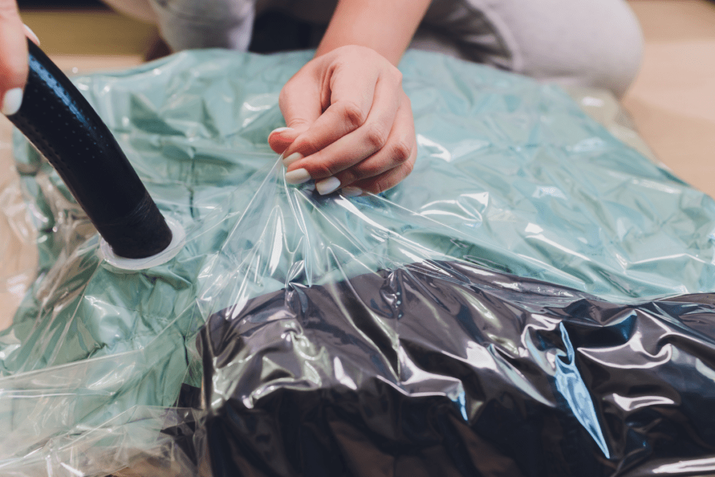 pakowanie próżniowe ubrań