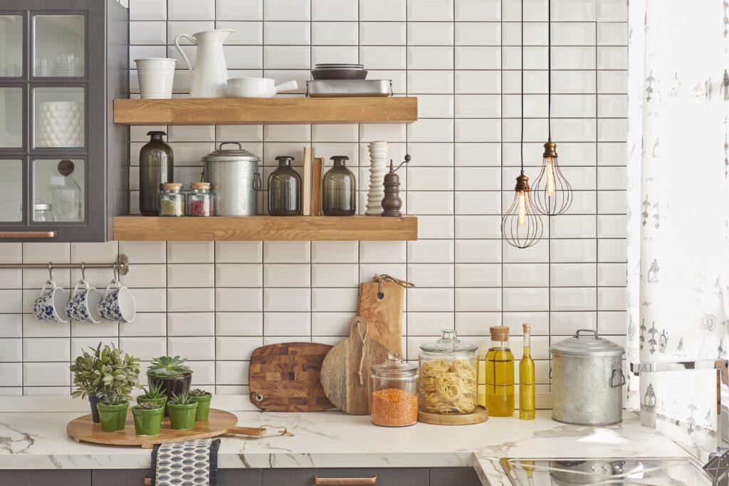 ściana w kuchni pomysły