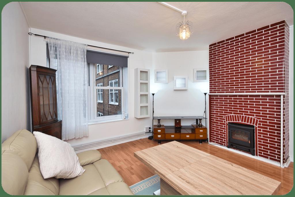 kominek w salonie w bloku