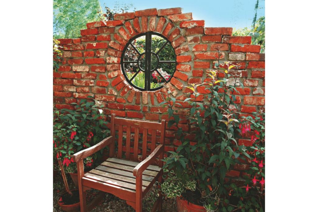 Ozdoby z cegły do ogrodu