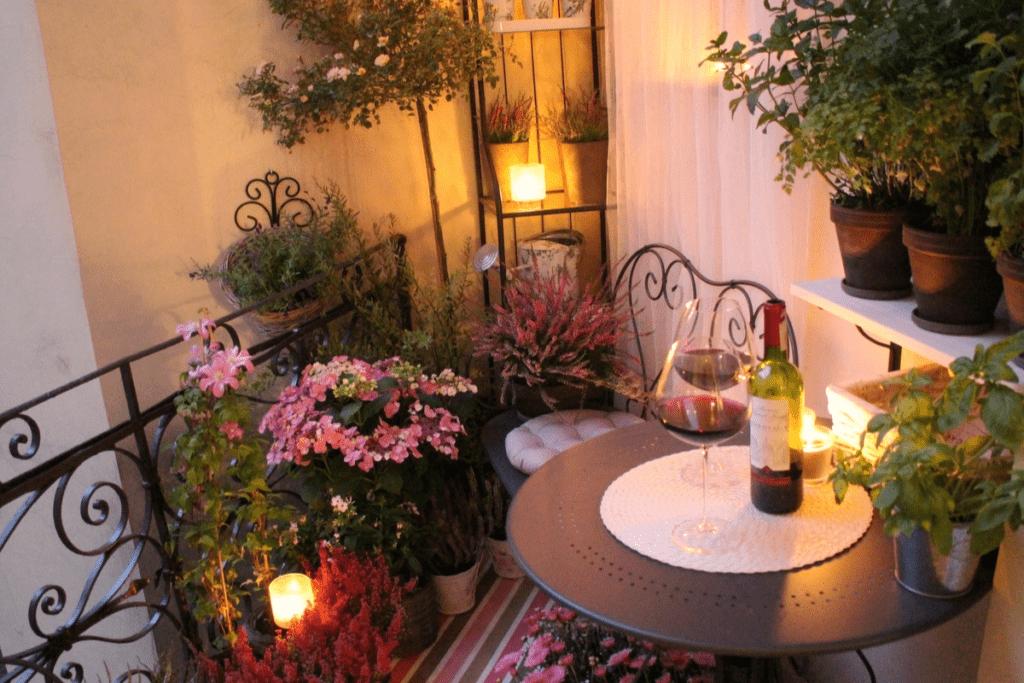 Jesienne dekoracje balkonu