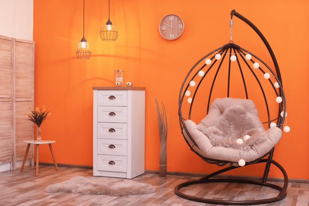 kolor pomarańczowy w aranżacji